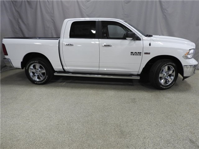 2018 Ram 1500 Crew Cab 4x4 Pickup #18072 - photo 18