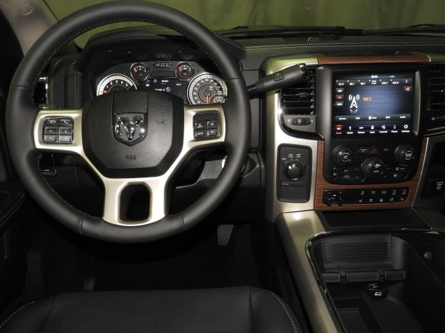 2018 Ram 2500 Crew Cab 4x4 Pickup #18109 - photo 4