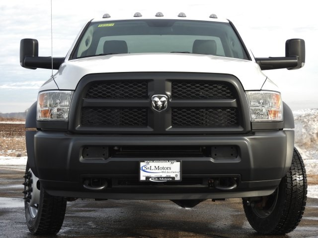 2018 Ram 5500 Regular Cab DRW 4x4, Cab Chassis #18124 - photo 14