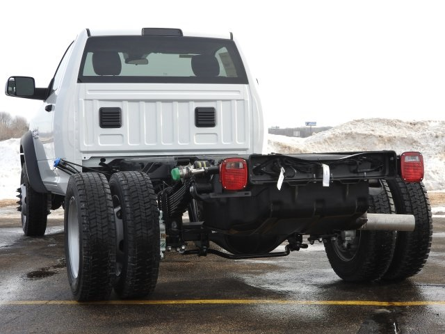 2018 Ram 5500 Regular Cab DRW 4x4, Cab Chassis #18124 - photo 2