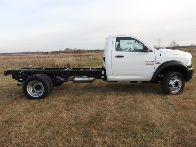2018 Ram 4500 Regular Cab DRW 4x4, Cab Chassis #18208 - photo 14