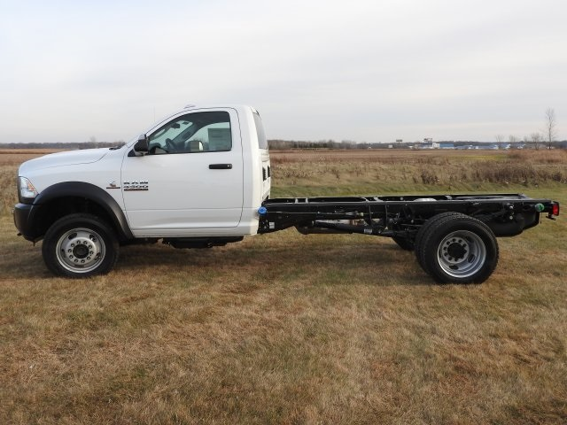 2018 Ram 4500 Regular Cab DRW 4x4, Cab Chassis #18208 - photo 17