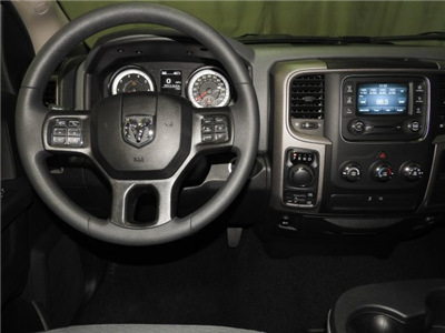 2018 Ram 1500 Crew Cab 4x4 Pickup #18278 - photo 4