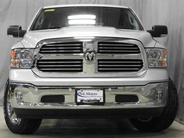2018 Ram 1500 Quad Cab 4x4 Pickup #18325 - photo 18