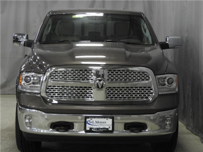 2018 Ram 1500 Crew Cab 4x4 Pickup #18413 - photo 30