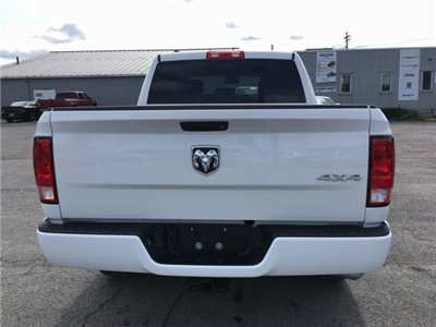2017 Ram 1500 Crew Cab 4x4 Pickup #DT17684 - photo 19