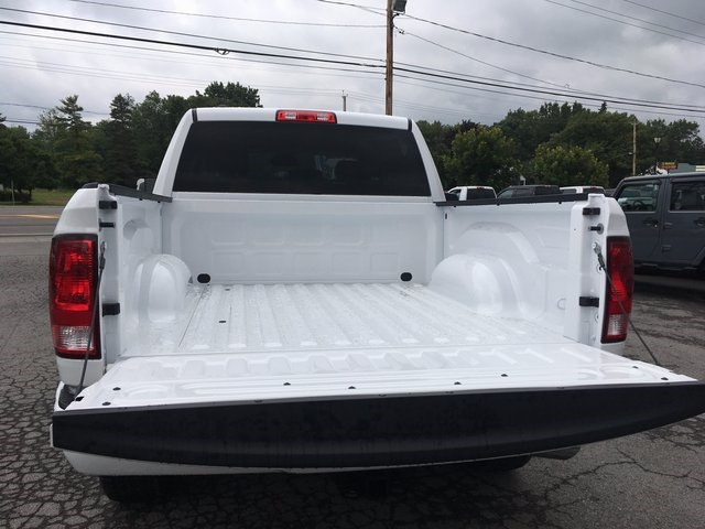 2017 Ram 1500 Crew Cab 4x4 Pickup #DT17685 - photo 18