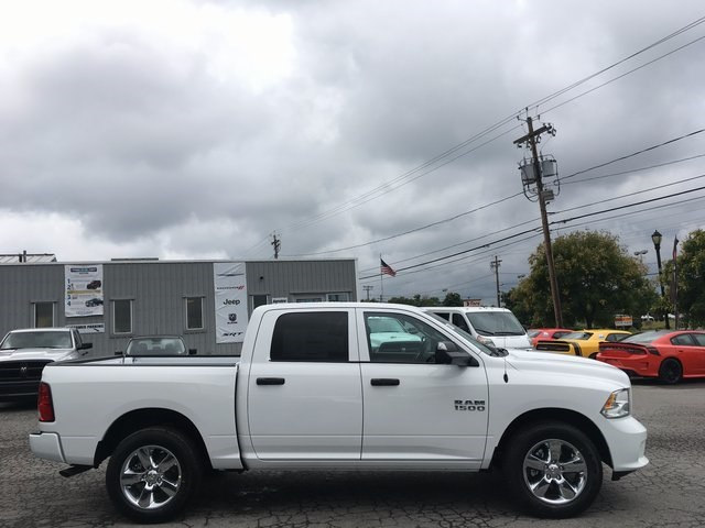 2017 Ram 1500 Crew Cab 4x4 Pickup #DT17685 - photo 6