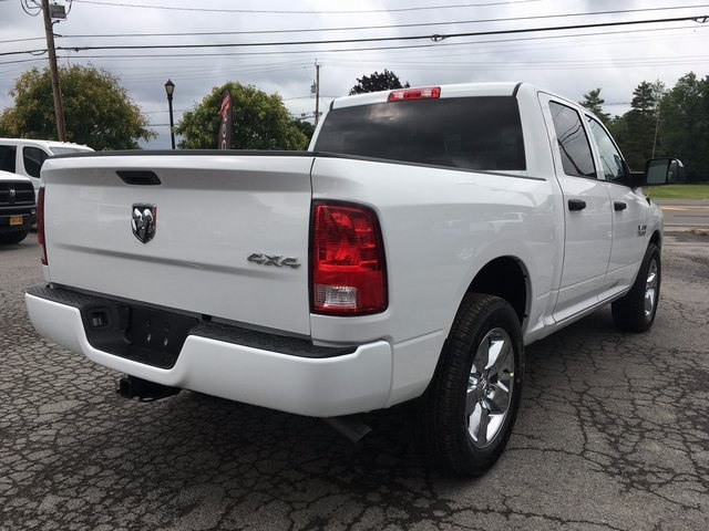 2017 Ram 1500 Crew Cab 4x4 Pickup #DT17685 - photo 2