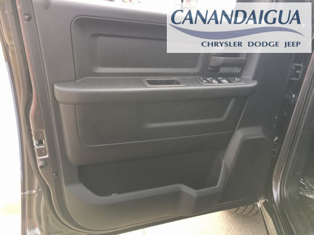 2018 Ram 1500 Crew Cab 4x4, Pickup #DT18111 - photo 26