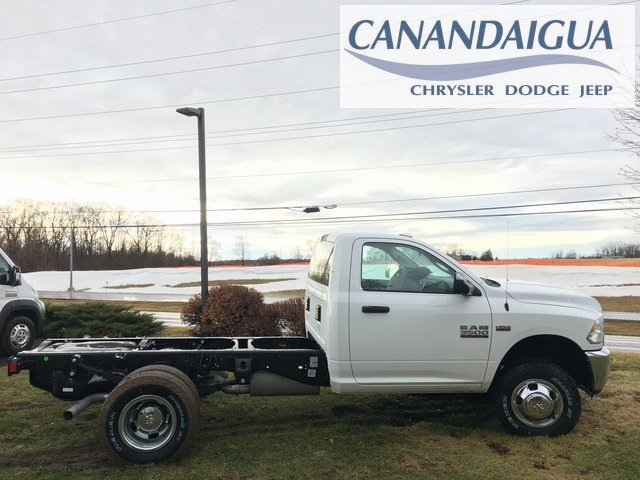 2018 Ram 3500 Regular Cab DRW 4x4, Cab Chassis #DT18192 - photo 3