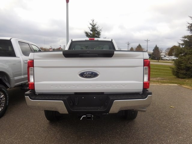 2017 F-350 Super Cab 4x4, Pickup #F81109 - photo 5