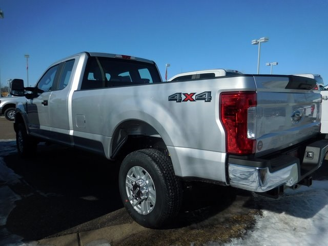 2018 F-350 Super Cab 4x4, Pickup #F90280 - photo 2
