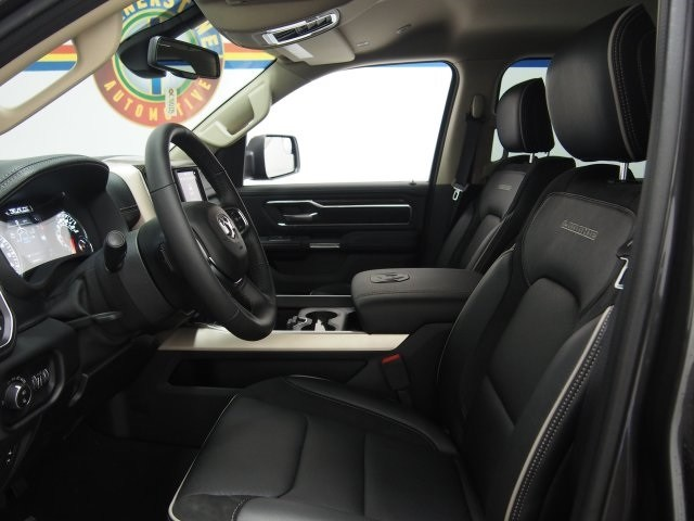 2019 Ram 1500 Crew Cab 4x4, Pickup #C70028 - photo 6
