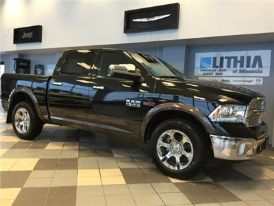 2017 Ram 1500 Crew Cab 4x4 Pickup #HS875632 - photo 5