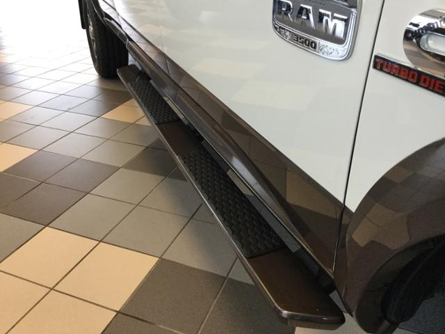 2018 Ram 3500 Crew Cab 4x4, Pickup #JG112460 - photo 9