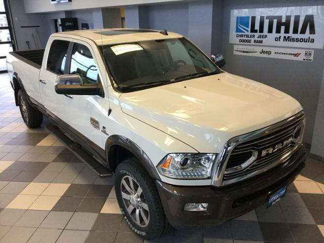 2018 Ram 3500 Crew Cab 4x4, Pickup #JG112460 - photo 4