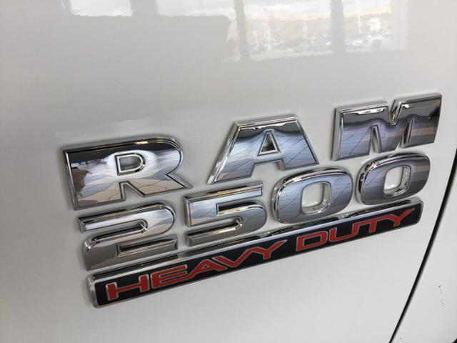 2018 Ram 2500 Crew Cab 4x4, Pickup #JG116403 - photo 11