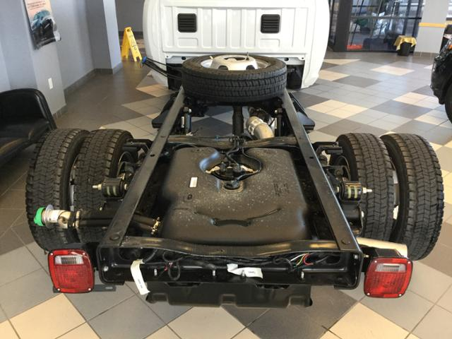 2018 Ram 5500 Regular Cab DRW 4x4 Cab Chassis #JG122404 - photo 15