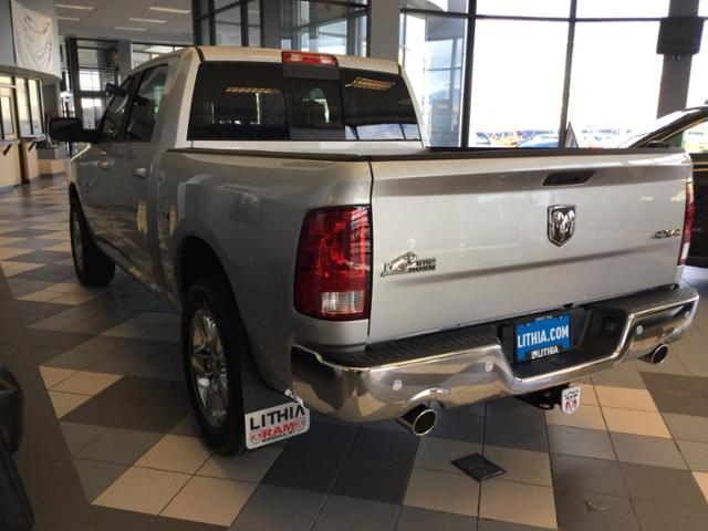 2018 Ram 1500 Crew Cab 4x4, Pickup #JG171666 - photo 22