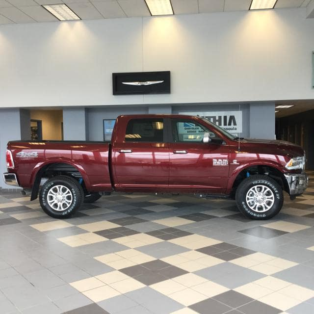 2018 Ram 2500 Crew Cab 4x4, Pickup #JG217232 - photo 3