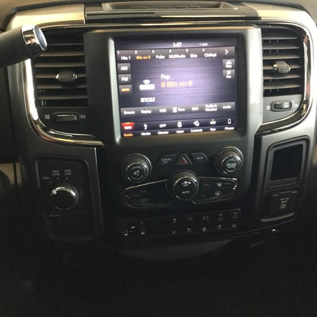 2018 Ram 3500 Crew Cab 4x4,  Pickup #JG229545 - photo 17