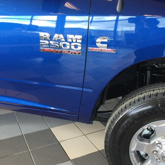 2018 Ram 2500 Crew Cab 4x4, Pickup #JG233196 - photo 9