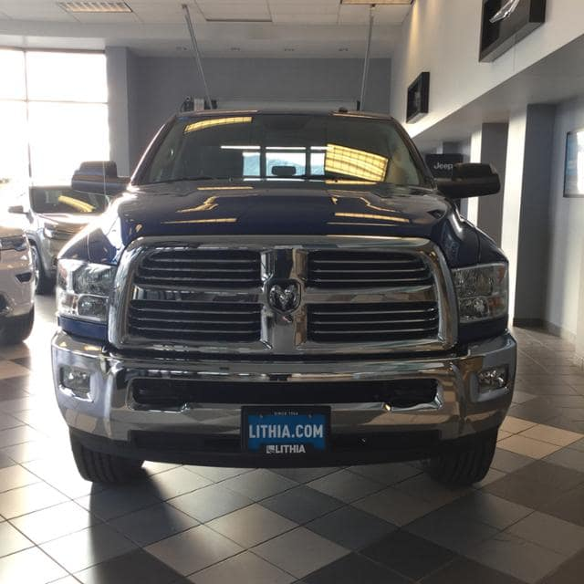 2018 Ram 2500 Crew Cab 4x4, Pickup #JG233196 - photo 3