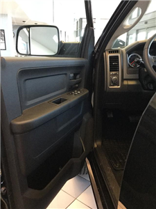 2018 Ram 3500 Crew Cab 4x4,  Pickup #JG267320 - photo 12