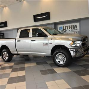 2018 Ram 3500 Crew Cab 4x4,  Pickup #JG304936 - photo 3