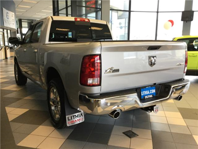 2018 Ram 1500 Crew Cab 4x4, Pickup #JS109826 - photo 9