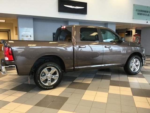2018 Ram 1500 Crew Cab 4x4, Pickup #JS109827 - photo 2