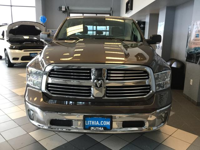 2018 Ram 1500 Crew Cab 4x4, Pickup #JS109827 - photo 5