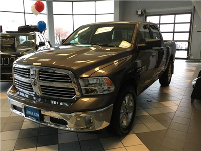 2018 Ram 1500 Crew Cab 4x4, Pickup #JS109827 - photo 25