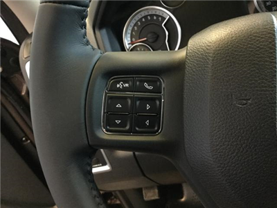 2018 Ram 1500 Crew Cab 4x4, Pickup #JS109827 - photo 33
