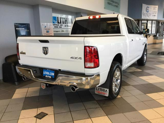 2018 Ram 1500 Crew Cab 4x4, Pickup #JS109840 - photo 17