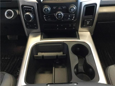 2018 Ram 1500 Crew Cab 4x4, Pickup #JS109840 - photo 27