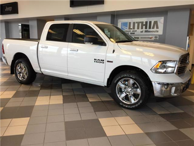 2018 Ram 1500 Crew Cab 4x4, Pickup #JS109840 - photo 3
