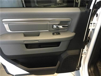 2018 Ram 1500 Crew Cab 4x4, Pickup #JS109840 - photo 7