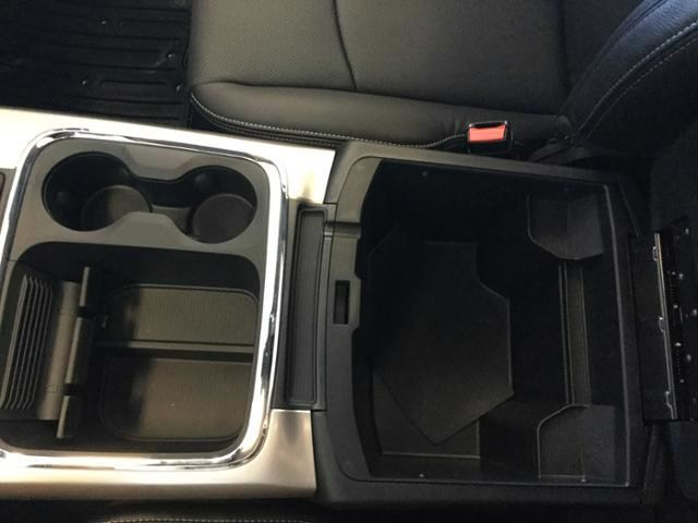 2018 Ram 1500 Crew Cab 4x4, Pickup #JS138352 - photo 33