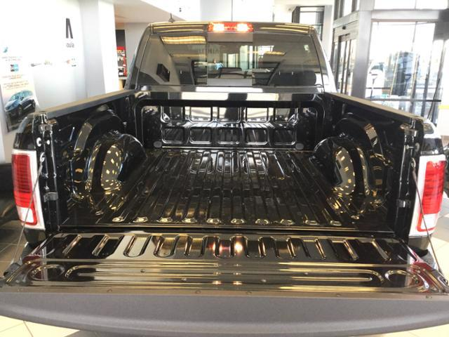 2018 Ram 1500 Crew Cab 4x4, Pickup #JS138352 - photo 25