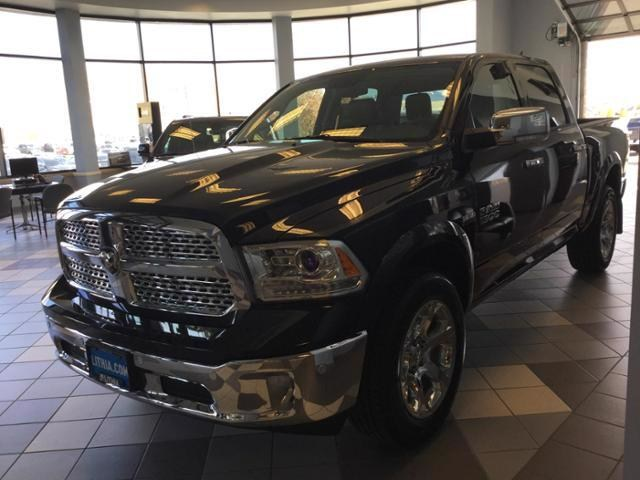 2018 Ram 1500 Crew Cab 4x4, Pickup #JS138352 - photo 26