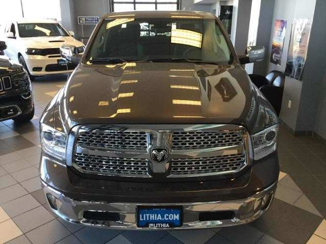 2018 Ram 1500 Crew Cab 4x4, Pickup #JS138355 - photo 35