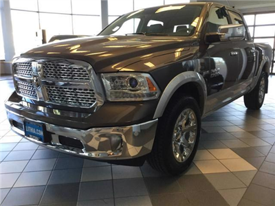2018 Ram 1500 Crew Cab 4x4, Pickup #JS138355 - photo 33