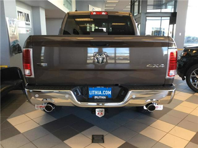 2018 Ram 1500 Crew Cab 4x4, Pickup #JS138355 - photo 5