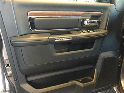 2018 Ram 1500 Crew Cab 4x4, Pickup #JS138355 - photo 23