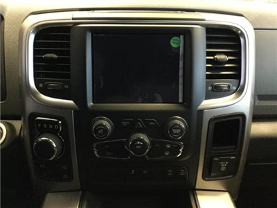 2018 Ram 1500 Crew Cab 4x4, Pickup #JS156165 - photo 25