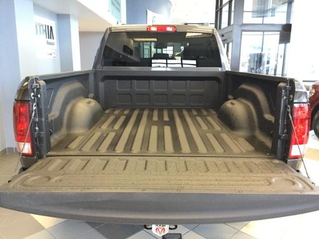 2018 Ram 1500 Quad Cab 4x4 Pickup #JS176327 - photo 17