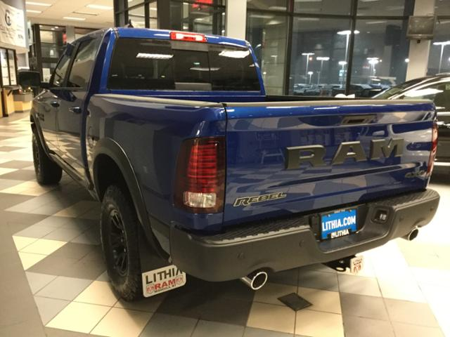 2018 Ram 1500 Crew Cab 4x4, Pickup #JS197686 - photo 23
