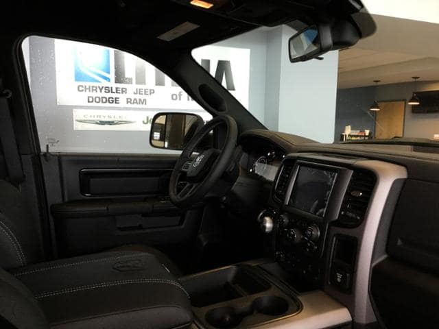 2018 Ram 1500 Crew Cab 4x4, Pickup #JS197688 - photo 13